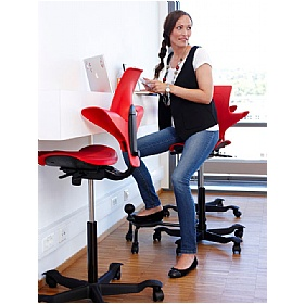Next Day HAG Capisco Puls 8010 Chair Red