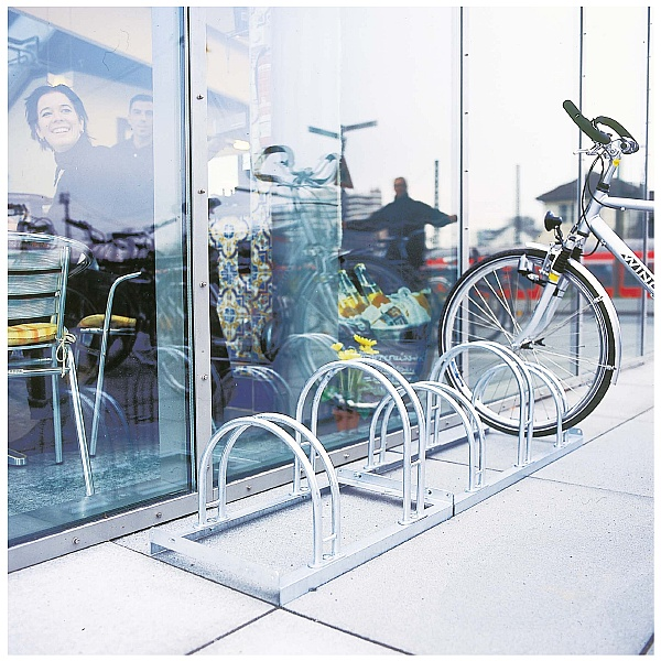 Traffic-Line Cycle Racks